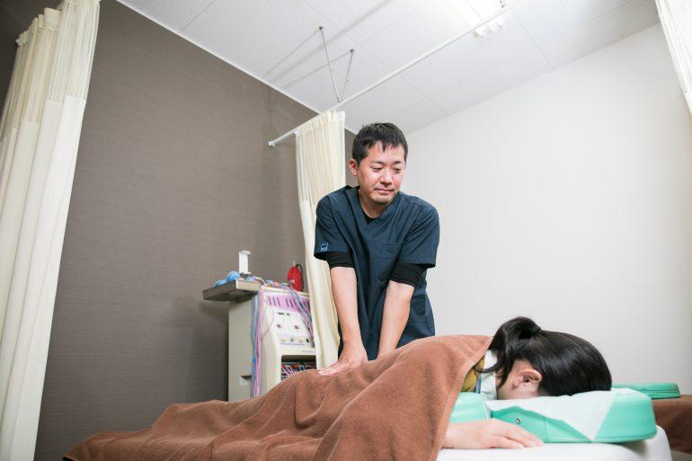 ぎっくり腰の症状|田村郡の大和田接骨院